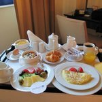 room service...breakfast, yummy!