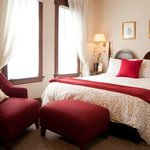 """Red Room"" with Queen size bed + private Bathroom"