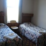  Twin Rooms available