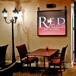 Red Mountain Bar & Grill