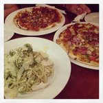                    delicious pizza &amp; pasta