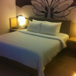                    Artotel Surabaya &lt;bedroom&gt;