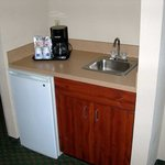  King Whirlpool Room  Wet Bar