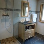 Drus room shower room