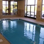  Holiday Inn Quincy Pool Photo #2