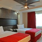 Superior Large room (2 double beds)