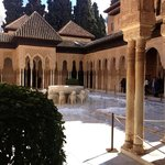                    PATIO DE LOS LEONES ~ La Alhambra~