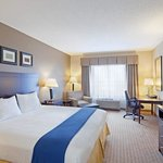 Holiday Inn Express Hotel &amp; Suites Malone