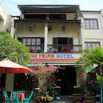                    Hoang Trinh Hotel - 