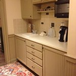  Kitchenette in Governor Aiken Room