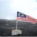Yeahh!! we are proud to be Malaysian!! =)