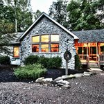 Hocking Hills Cabins - Cherry Ridge Retreat