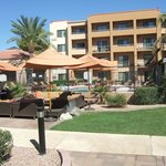Garden at the Courtyard Marriott Phoenix Airport