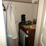                   Robes / Coffee / Fridge