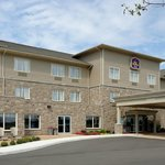 Welcome to the brand new BEST WESTERN Plus Walkerton East Ridge Hotel