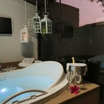  jacuzzi privativa  da suite