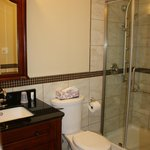  Ensuite bathroom, Suite 3