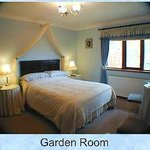  Bluebell Room   -   Garden View