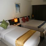 The Color Living Hotel resmi