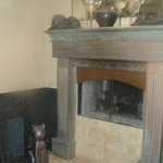                                      see-through fireplace in bath area (seen through living area