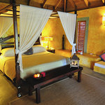 Laluna bedroom  suite