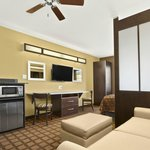Microtel Inn & Suites by Wyndham Buda / At Cabela'sの写真