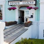 Four Oaks Hotel