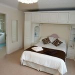 Photo of Caernant Bed & Breakfast