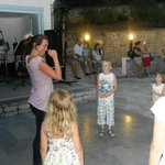                    Mini disco show voor de kinderen