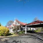  BEST WESTERN Moore Park Inn