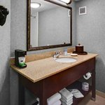  King Guest Room Vanity