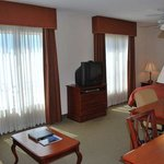 1 Queen Bedroom Studio Suite Non Smoking