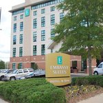 Welcome to Embassy Suites Hot Spring - Hotel and Spa