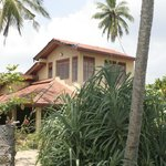 Photo de Rekawa Beach House