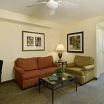  2 Queen Parlor Suite