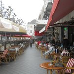  restaurants along the square