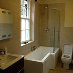                    Room 6 ensuite
