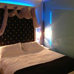  Night time bed lights