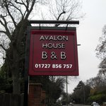 Avalon House B & B Sign