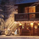  Christmas at Laurelwood Inn