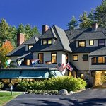 Stonehurst Manor - the Premier White Mountain Private Mansion Experience