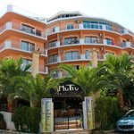 Photo of Mutlu Apartments Altinkum