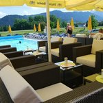  Poollounge im Wellness-Hotel-Sommer