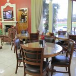 Americas Best Value Inn & Suites-Alvin/Houstonの写真