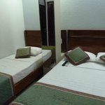 1 small bed & 1 big bed, Duc Vuong Hotel, HCMC