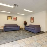 Americas Best Value Inn & Suites-Irving/Dallas resmi