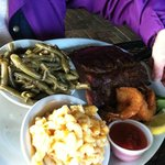 Ribs, mac, green beans and shrimp