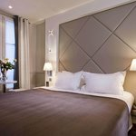 ‪Hotel Longchamp Elysees‬