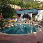                    Hollywood B&amp;B pool