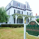 1840 Inn on the Main Bed & Breakfast